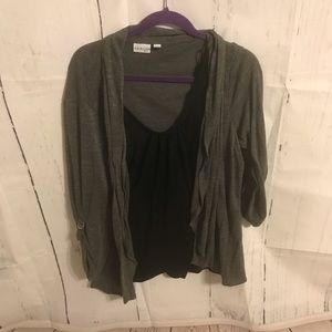 Kim Rodgers Gray and Black Top 2x